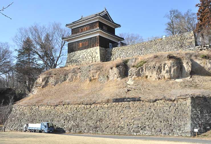 上田城の西櫓。七つあったとされる櫓の中で唯一、解体・移築されず姿をとどめる