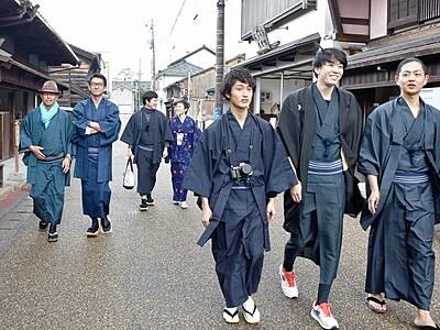 湊町、着物姿でまちあるき 福井県坂井市三国