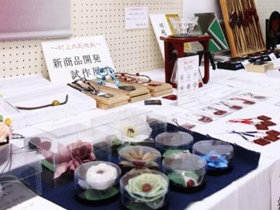 村上堆朱初コラボ商品 試作品 25日までまつりで展示