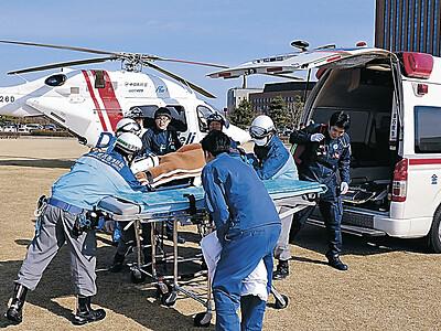 県警、災害に備え訓練