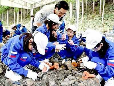 恐竜化石発掘体験会、3月23日スタート 福井県勝山市