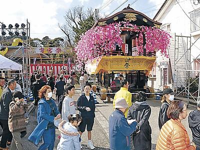 輪島に春、曳山祭 宵宮で開幕