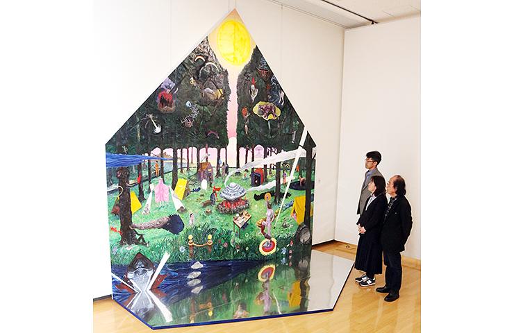 大賞を受賞したコヤマさんの「《絶望から生まれる希望は角笛により召喚される-このままからそのままへ-》」=アートハウスおやべ