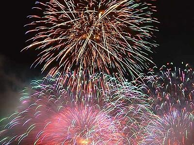 諏訪湖の花火、今年は4万発 ブロック指定席、抽選方法変更