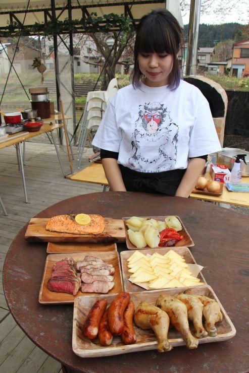今年の営業を始める中川清兵衛記念BBQビール園=長岡市与板町与板