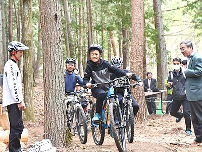 マウンテンバイク初心者も 伊那・西箕輪に新コース