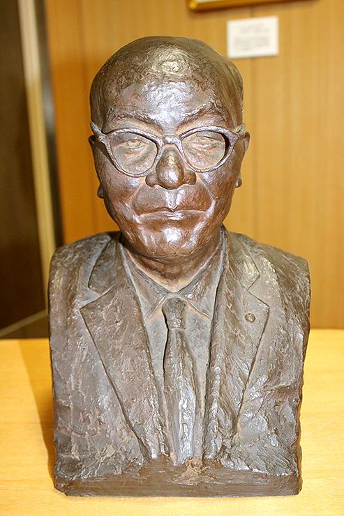 長谷川義起の作と分かった正力松太郎の胸像