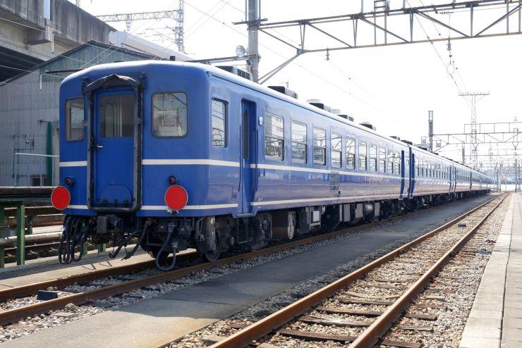 磐越西線で6月に運行される「12系客車」(JR東日本提供)