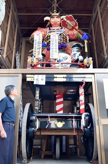 各山車蔵で展示されている山車=5月16日、福井県坂井市三国町山王3丁目