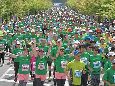 最多6118人、新緑の風切って 軽井沢ハーフマラソン