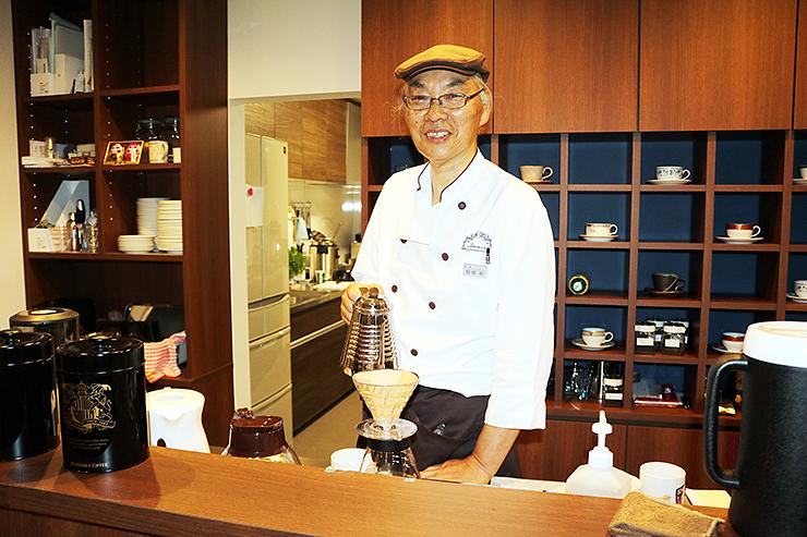 「地域の人が気軽に寄れるカフェにしたい」と語る稲崎さん
