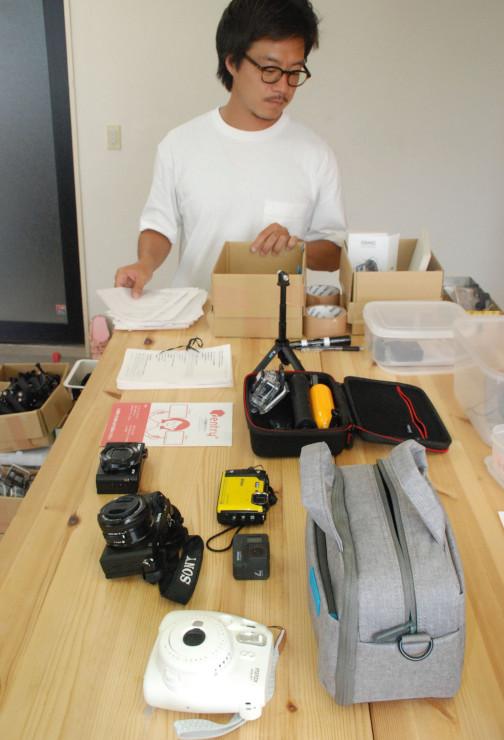 レントリーが貸し出している多様なカメラ。ツアーへの供給などで事業を拡充する