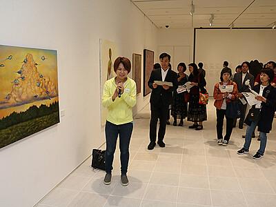 県内美術家51人競演 ビエンナーレTOYAMA開幕