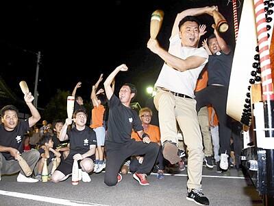 3山大太鼓 迫力の響き 高浜七年祭開幕前に競演会 福井