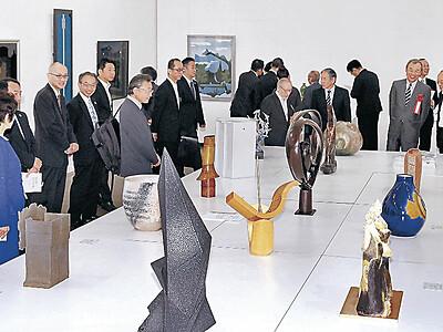 現代工芸石川展 21美で開幕、秀作87点