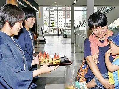 金と銀のすいか味わって PR販売開始 福井・ハピリン