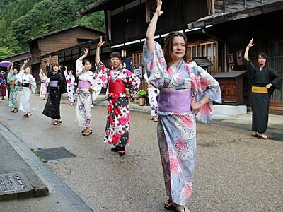 奈良井宿×フラメンコ 名所舞台に和装で踊る、塩尻で撮影