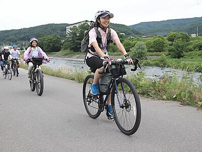 ほたる童謡公園や菓子店巡るツアー 辰野の名所自転車で