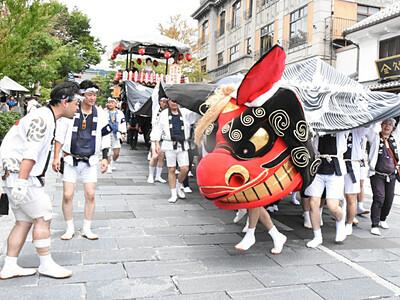 ながの祇園祭 お囃子の音色に合わせて市街地を屋台が練り歩く