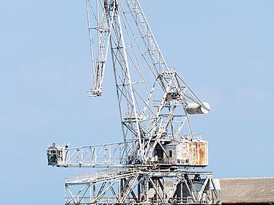 「旧伏木港クレーン」登録文化財に 文化審が答申