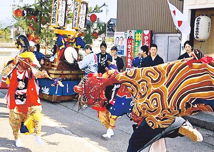 ダイナミックで勇壮な今町青年団の獅子舞