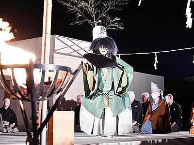 幽玄の舞台堪能 国宝瑞龍寺で高岡薪能