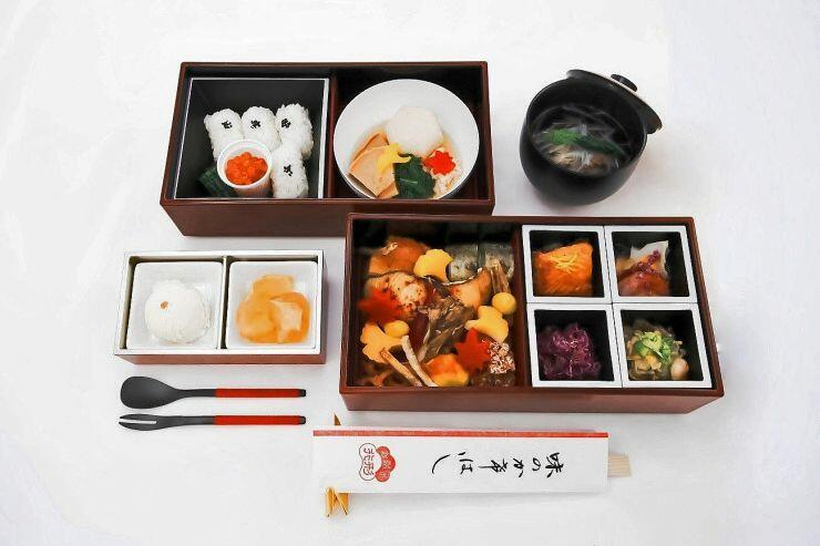 「海里」の車内で10月に提供する行形亭の食事(JR東日本新潟支社提供)