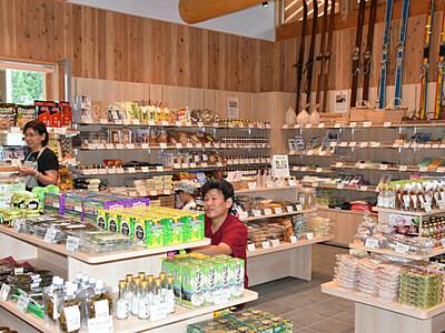 地元の味がお待ちかね 「道の駅野沢温泉」の食堂