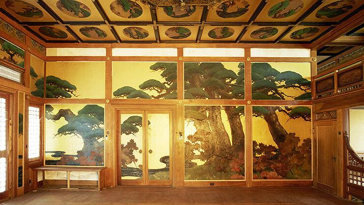 寄贈されることになった松楓殿の松の壁画=米ニューヨーク
