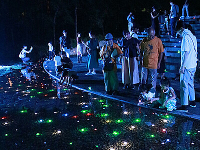 曼荼羅世界、光の演出 立山博物館ナイトウオーク