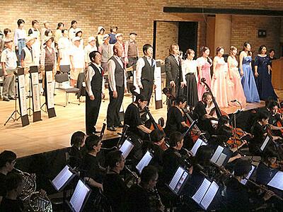 温泉街に名曲響く 宇奈月モーツァルト音楽祭開幕