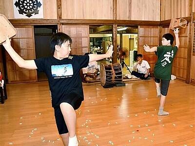 県無形文化財「日向神楽」今年も魅せる 坂井市の長畝八幡神社で9月21、22日、小中生稽古に熱