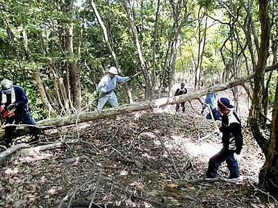 おおい石山城PR、住民が力 28日、跡地登り見学会