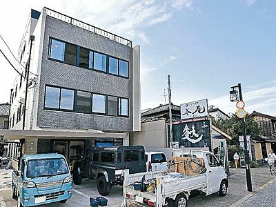 長町の旧医院再生 昭和の建物複合ビルに、カフェ、デザイン事務所入居