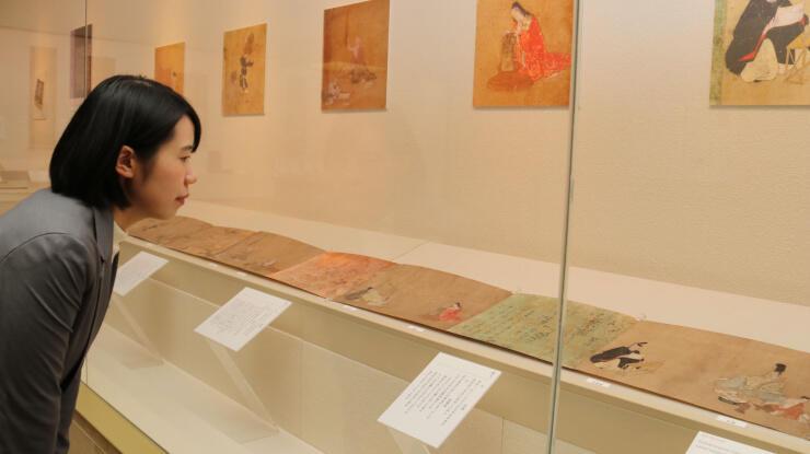 安土桃山時代に描かれた絵巻「東北院職人歌合絵」