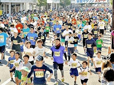 敦賀マラソン20日号砲 目指せ大鳥居2741人出走