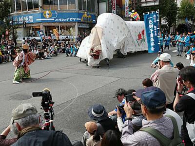 獅子舞堂々、飯田沸く フェスに26団体