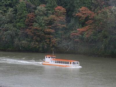 台風で被災した阿賀野川遊覧船 10日ぶり待望の再開