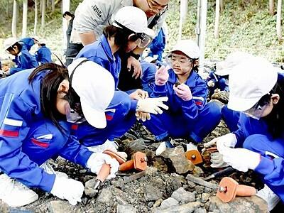 福井県立恐竜博物館の野外恐竜博物館、開業6年目で初の4万人
