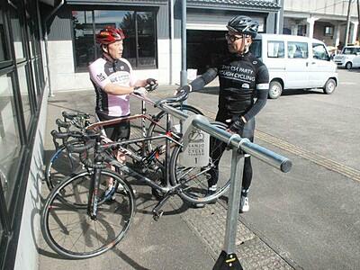 自転車こいで工場巡り 8カ所に駐輪設備 三条