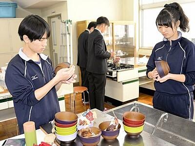 若狭東高生がカフェ運営 逸品スイーツを提供