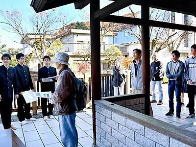 武生工高生が廃線の駅跡地を案内 越前市で「ブラタケフ」