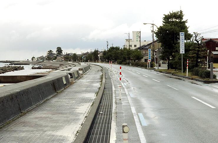 魚津風景街道パートナーシップ連絡協議会が日本風景街道登録を目指す海岸部の道路