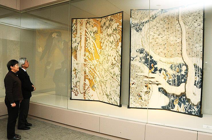 季節感あふれる作品が並ぶ常設展示室