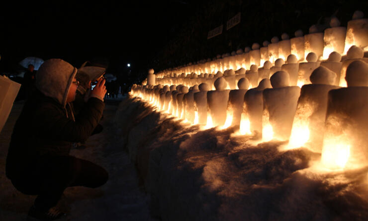 昨年2月に奈良井宿で開かれたアイスキャンドルの祭り