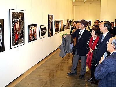 力作300点超 30年彩る 富山市美術作家連合会展