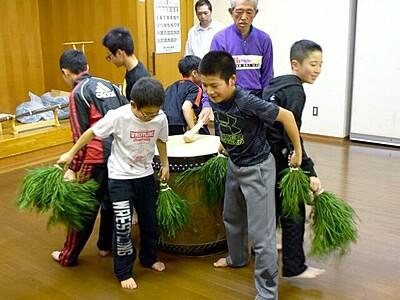 豊作祈願「だのせ踊り」奉納へ、練習に熱 福井・敦賀
