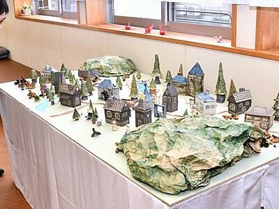 JR丸岡駅構内で陶芸の作品展 福井・坂井