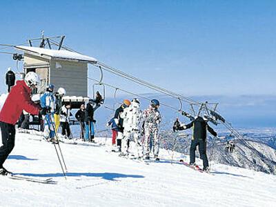 白山麓スキー場 「セイモア」ようやく開業