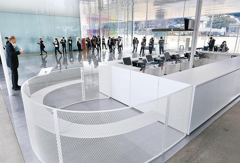 拡充された総合受付=金沢21世紀美術館
